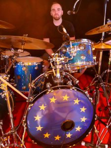 Brad Webb_EU-flag drumhead © Cat with Hats